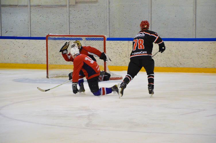 V-divisioona finaali Köyhät Ritarit - Devils Ducks 2017-5